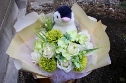 フレグランスフラワーシングルペンギンブーケ